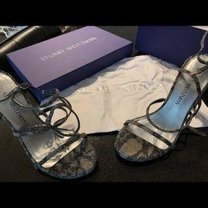 Stuart Weitzman Courtean heels size 6